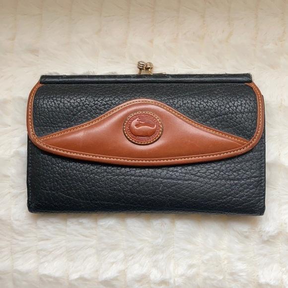 Vintage Dooney & Bourke Clutch Wallet